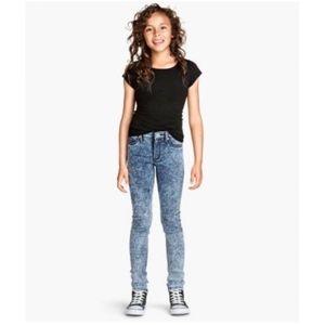 Crazy 8 blue acid wash skinny jeans